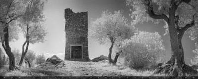 Mausoleo Generale Caviglia infrared photo